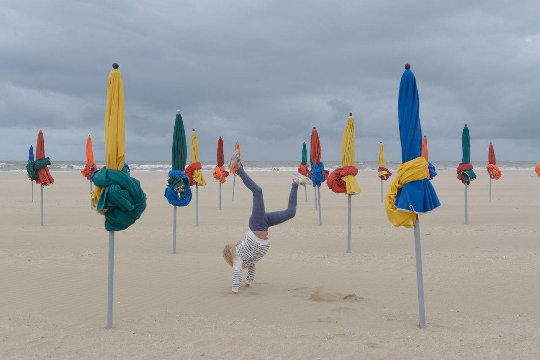 Orden y concierto playa de Deuville Francia